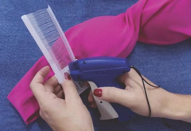 Aplicador de tag pinos plásticos